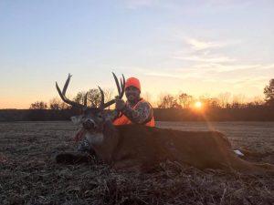 Xtreme Hunts - Pike County, IL & Kansas